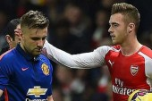 Van Gaal happy with decision to start Shaw despite injury