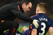 Luke Shaw joins Man United for Newcastle warm-down
