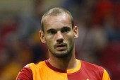 Sneijder's agent re-kindles Galatasaray exit rumours