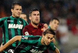 Kevin Strootman's future: Part 2 – Being replaced, forcing a move and how he could improve Man United
