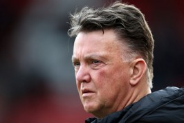 Van Gaal given £100m to spend – report