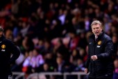 Neville: Moyes would get a standing ovation now
