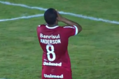 Video: Anderson misses penalty on Internacional debut