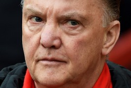 Van Gaal confident of Man United signing players