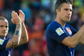 Sneijder to captain Holland in van Persie's absence