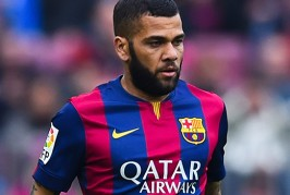 Dani Alves rejects final Barcelona contract offer