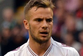 Martinez not ruling out Cleverley move